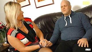 AMATEUREURO - Big Ass German Wife Kiki  R. Hardcore Sex