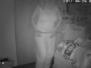 Milf mum tube Blonde milf mum mature mom topless - hacked ip camera
