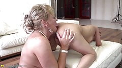 Mom teaching girl true lesbian love