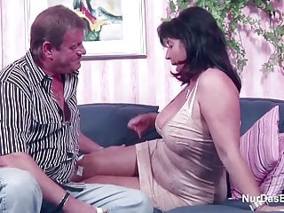 Havoc in porn - German mom and dad in porn casting for less money