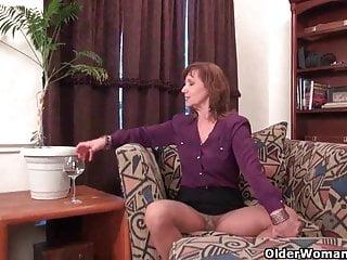 Grandma peeing pantyhose American grandma needs to rub one out