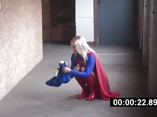 Couples captured bondage - Supergirl is captured and caged