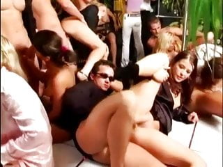 Gangster girl oil fuck porn - Smoking gangsters fuck orgy part 4