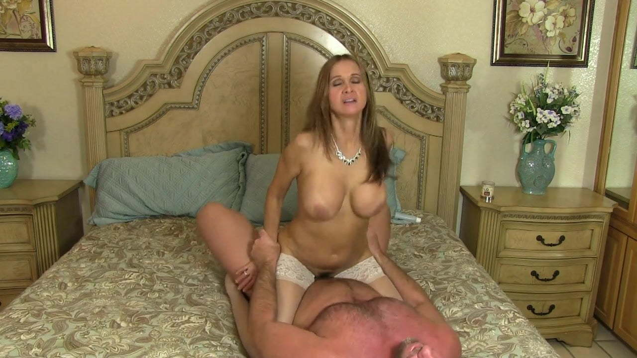 Latina Wife Shared Creampie