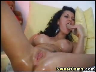 Courtney cums Sexy wet slut plays with herself