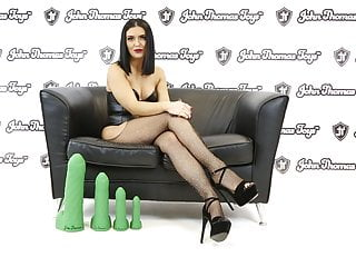 Nokia 6500 animated sexy girl theme British pornstar enjoys a koi toy marine themed dildo