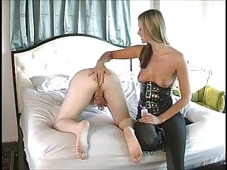 Prostate masturbation how to Maitresse give a awesome prostate massage
