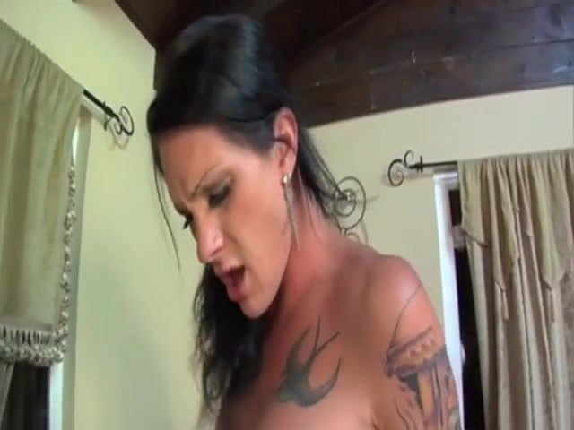 Big Tit Shemale Threesomes