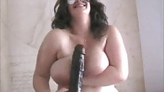 Chubby BBW with nice tits and ass loves to play with dildo
