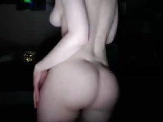 Ass dancing porn Bouncy tits and ass dancing on cam :d