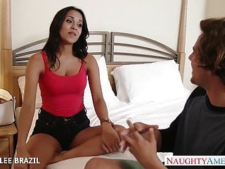 Brazil shemale video - Beautiful abby lee brazil gives blowjob