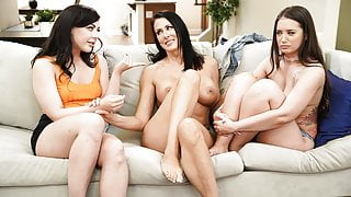 Licking GF's hot mom's pussy!