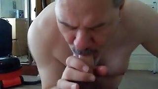 Daddy Colin blows cock