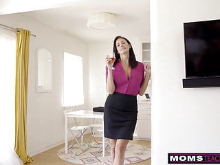 Spanked together - Momsteachsex - step mom and son cum together s9:e1