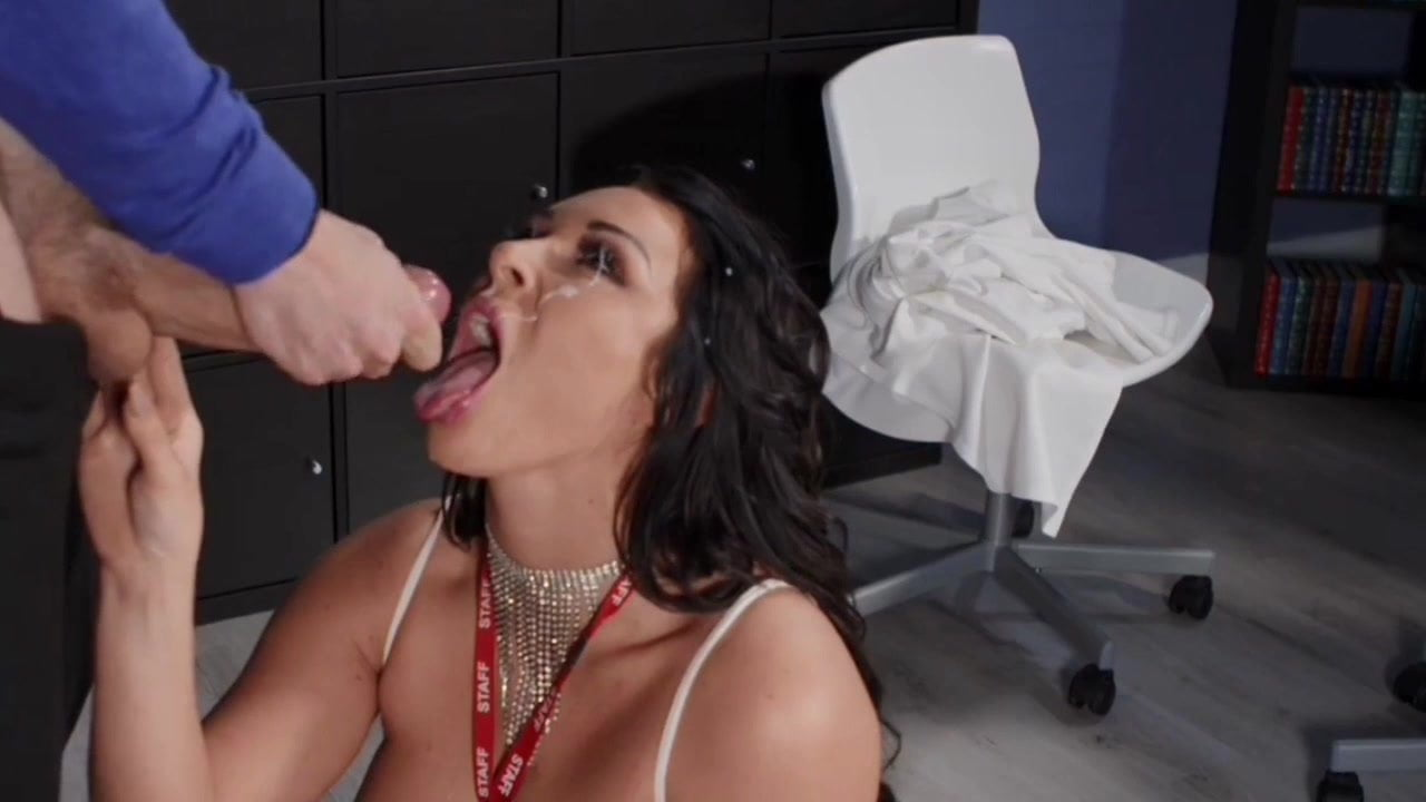 Victoria Summers Face Gets Blasted By Danny D Cum
