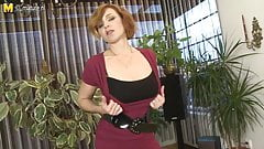 Hot housewife loves playing with her wet pussy