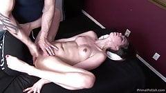 Riley Reid соблазненный и сквиртующий массаж