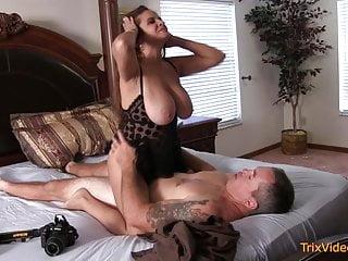 Porno milf mom Hot MILF