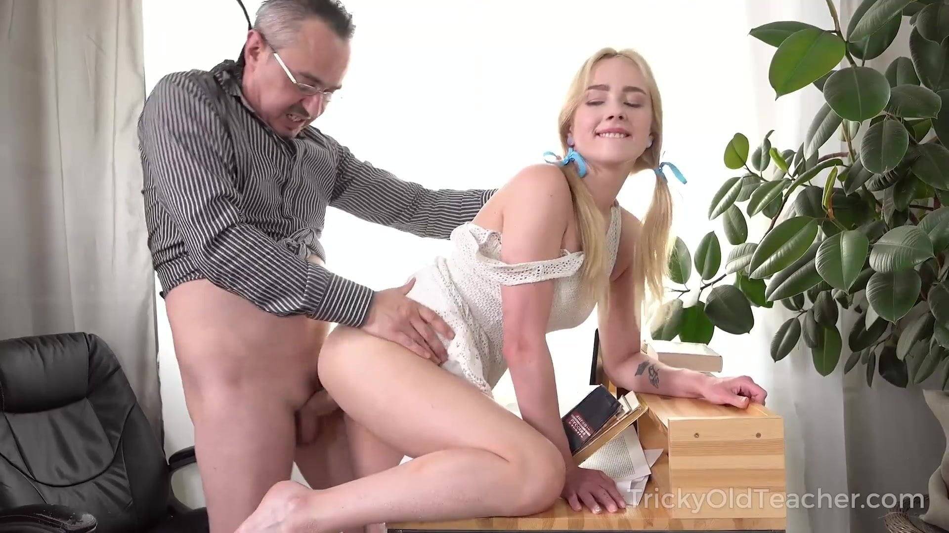 Old Guys Fuck Young Girls