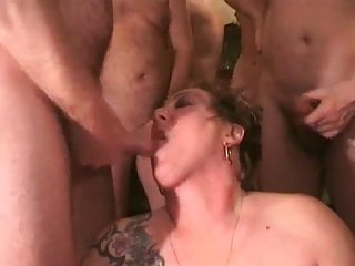 Mature women cum covered Cum-covered rona just keeps on sucking