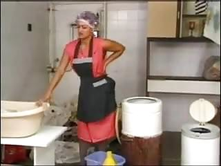 Housewife in latex tgp - Laundering mature housewife in grey pantyhose and curlers