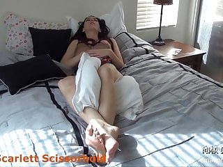 Vaginal odor and strong taste Beautiful big butts and strong legs headscissor scissorhold