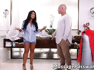 Hunk gay ass Big ass masseuse lady oils up and fucks with bald hunk