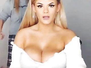 Bouncy boob videos mobile - Teens bouncy boobs