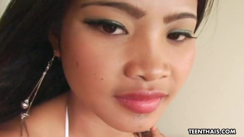 Horny Thai babe, Tusinee got assfucked and creampied