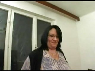 A fat lady fucked fucked Fat bbw lady sucking and fucking her younger lover