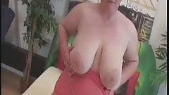 Brunette-BBW-Milf in hot Fucking Action