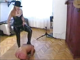 Porntube 60 plus crazy ass - Crazy ass beating