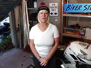 Fat moms porn youtube - Hot youtuber biker stuff - wonderful big erect nipples