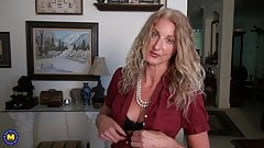 Hot mature wife and mom with amazing body