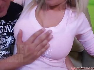 Britney spread naked Britney amber spreads her legs 4 tia cyrus