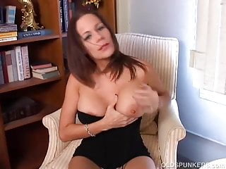 Babe cute milf - Super cute busty mature babe plays with her juicy pussy
