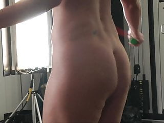 Girls nude gym shower - Canadian nude gym trainer