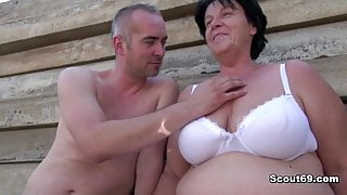 German old BBW StepMom get caught and fucked outdoor