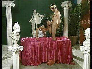 Video gays del periodista Caligola. follia del potere.