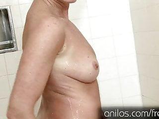 Masturbation massage - Her own cum dripping from her mature pussy