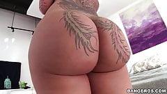 Huge ass Bella Bellz loves anal