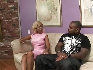 Ghetto sluts uploads - Slut sucks black cock and gets fucked and her ass jizzed