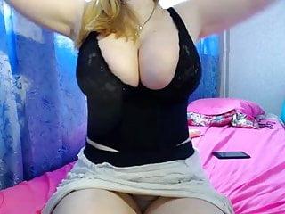 Very huge tits Very huge boobs webcam