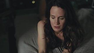 Elizabeth Reaser - Easy S02E02 (2017)