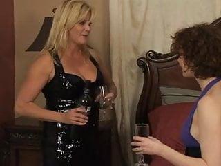 Readhead upskirts A lesbian readhead seduces an older milf mrno