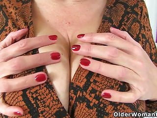 British milf group creampie British milf camilla creampie fucks fanny with dildo
