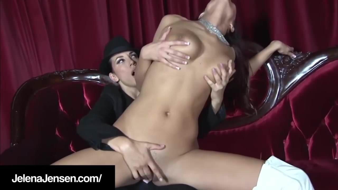Lesbian Threesome Strap Dp