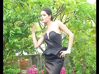 Naked in the public Ziva galore - naked in the garden