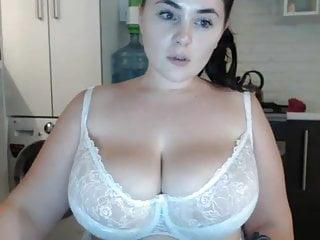 Badongo strip webcam Young bbw milf with huge natural saggy big tits strip webcam