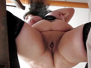 Leaky cyst disease of the breast Mov2 bbw makes her pussy a little squirty leaky drippy wet